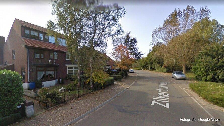 Automobilist rijdt door na crash in voortuin Vogelenzang